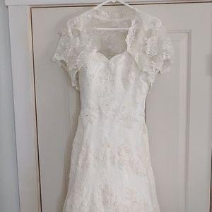 Alfred Angelo Wedding Dress Style 801